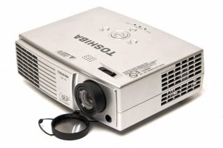 Toshiba TDP P9 DLP projector example - click to zoom